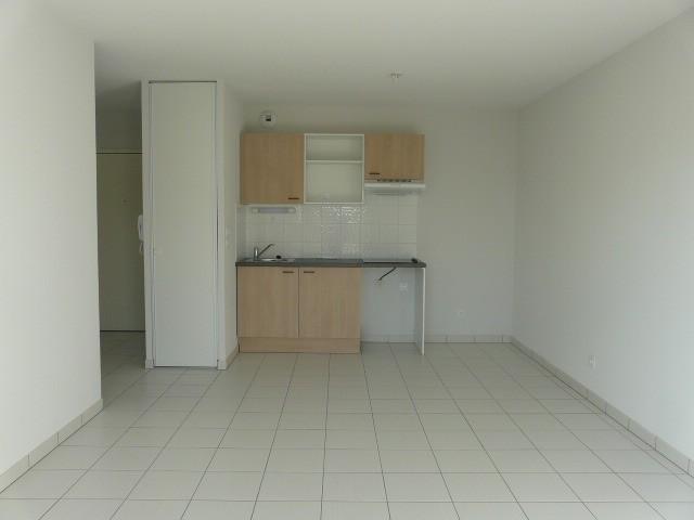 Photo 1 Appartement à louer Olonne-sur-Mer 58.35m²