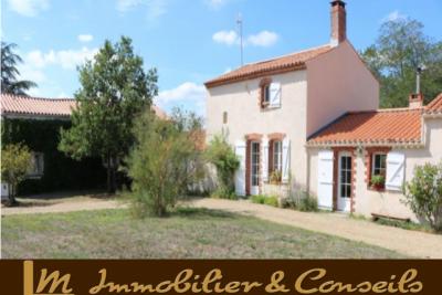 Propriété à vendre Saint-Florent-des-Bois immobilier vendée
