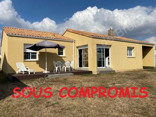 Maison à vendre Brem-sur-Mer 5513 Dans un quartier calme et agréable à 600 mètres des commerces