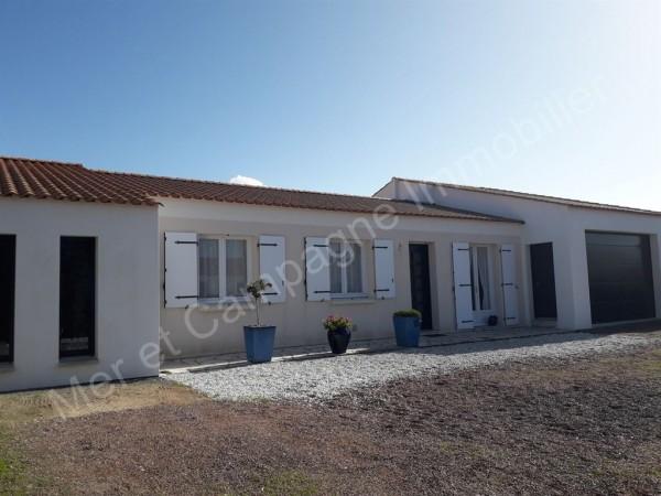 Maison à vendre Brétignolles-sur-Mer 5400 A environ 200 mètres du bord de mer sur la côte sauvage